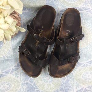 Birkenstock Larisa Sandal in Oiled Leather